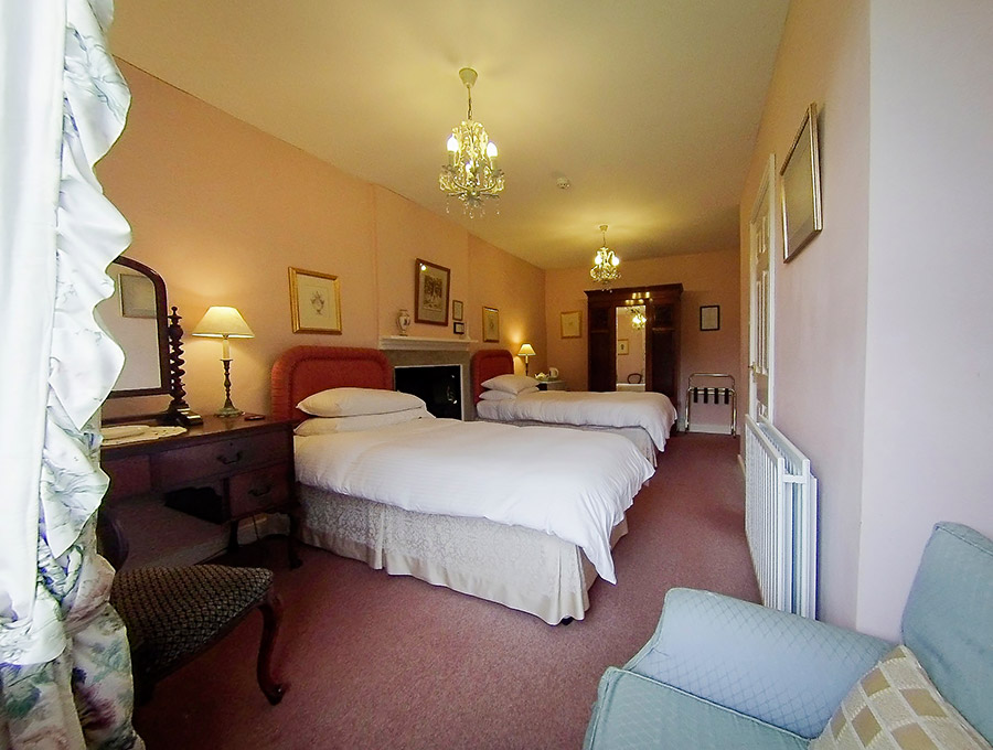 Wood House Accommodation - Room 2
